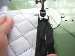 Bolsa em tecido tipo Chanel - costura do forro