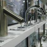 Torneiras automáticas e a economia de água.