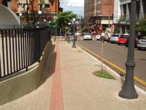 Calçadas e Espaço de Circulação de Pedestres