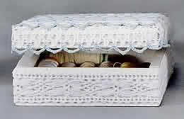 caixas de madeira com rendado