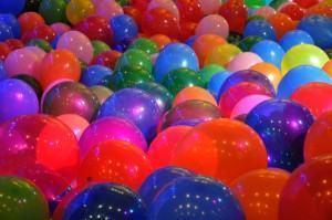 Decoração de Festas usando balões, bonito, alegre e barato!