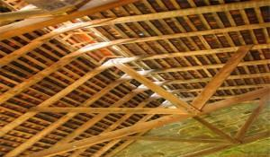 Madeiramento do Telhado: A Estrutura de Suporte das Telhas