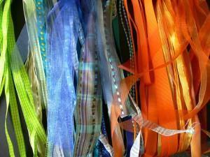 Fitas de tecido : belos trabalhos com embalagens e adereços