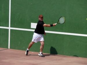 Lesões esportivas… Cotovelo de Tenista por Backhand!