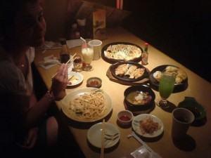 Boas maneiras à mesa, como se deve comer certos alimentos !