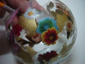 Découpage em vidro  -   colando ll