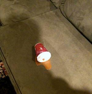 manchas no sofá