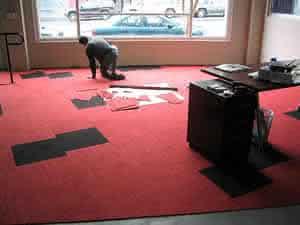 Receba e confira pessoalmente a entrega de seu carpete.