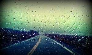 CHUVA – Conheça os riscos de dirigir na chuva!