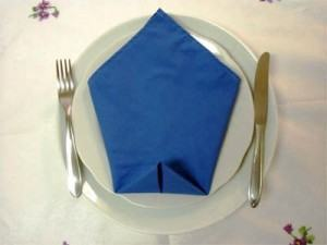 """Decoração de mesa – guardanapos dobras """"Simples"""""""