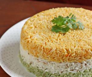 arroz colorido para as crianças