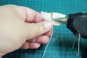 montagem flor de cetim