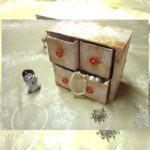 Transforme Caixas de Leite num Porta-Joias com Gavetas
