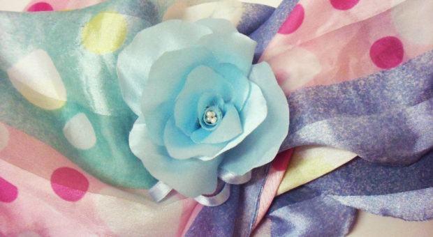 Flor de Cetim para Broche ou Tiara