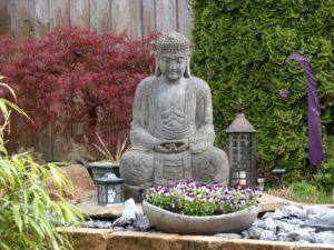 Canto de Meditação no Jardim