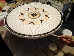 Mandala em Mosaico de Azulejo