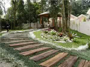 caminho jardim rasteiras