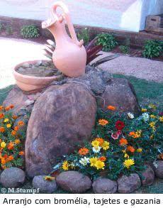 Festa das Flores -   fonte ceramica