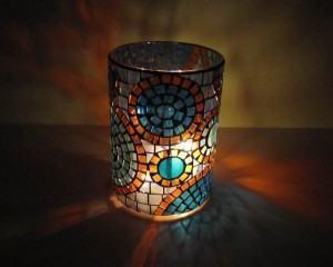 Luminária candelabro em mosaico para decorar a casa!