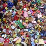 Como pregar botões na maquina de costura !