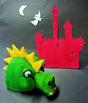 Chapéu de Espuma em forma de Dragão!