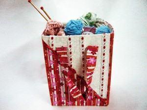 Como fazer uma sacola com papelao reciclado!