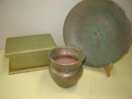 Objetos em pátina envelhecida (cobre oxidado)