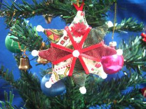 Estrela de Natal em Patchwork para Decorar sua Árvore