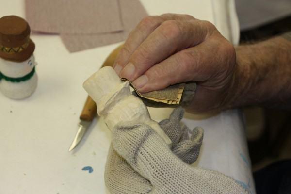 preparação da madeira para pintura
