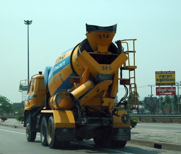 Thai Concrete Mixer - Bangkok, Thailand