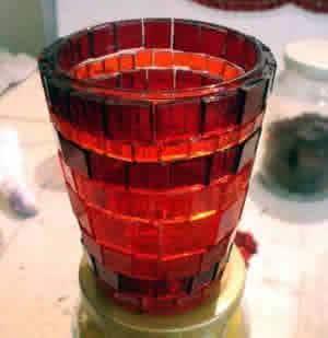 Porta-vela de mosaico de vidro - acabamento