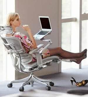 cadeira ergonomica mulher