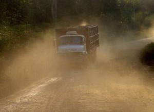 manutenção dos pneus de caminhão