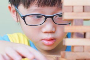 Como Saber se seu Filho Precisa de Óculos