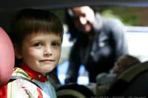 criança carro