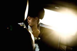 criança carro dormindo 2
