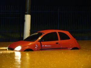 carro enchente