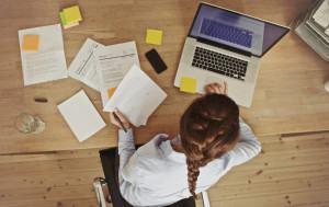 Como Escolher a Mesa Certa para seu Home Office