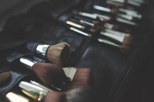 Como Limpar e Conservar Pincéis de Maquiagem