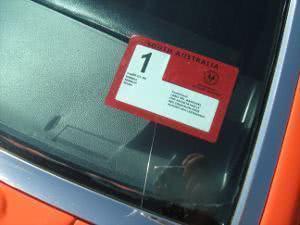 adesivo vidro carro