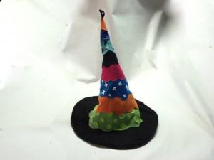 Como Fazer um Chapéu de Bruxa Colorido