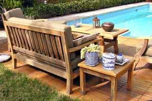 banco madeira piscina