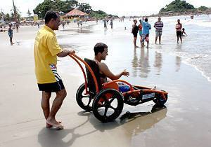 cadeira de praia cadeirante