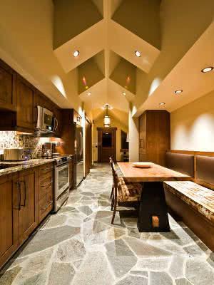 piso pedra cozinha