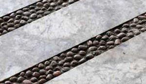 piso cimentício seixos