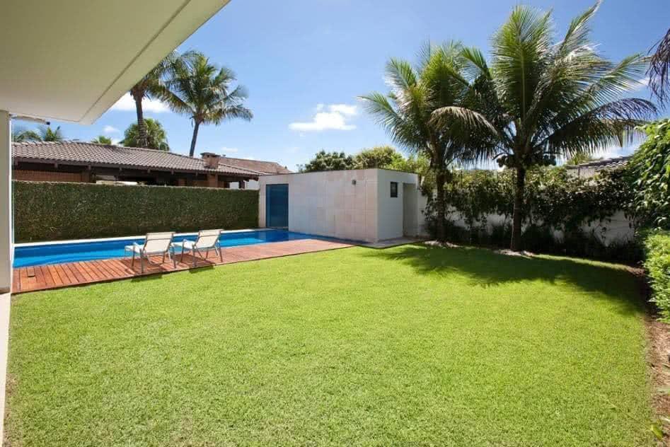 Medidas de una piscina para una casa excellent vista de for Medidas de una alberca pequena