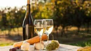 vinho-branco-queijos