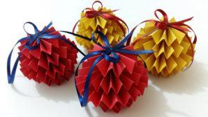 Bolas de Papel para Árvore de Natal