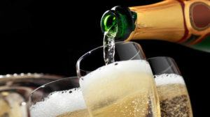 Champagne e Espumantes: Como Escolher e Servir