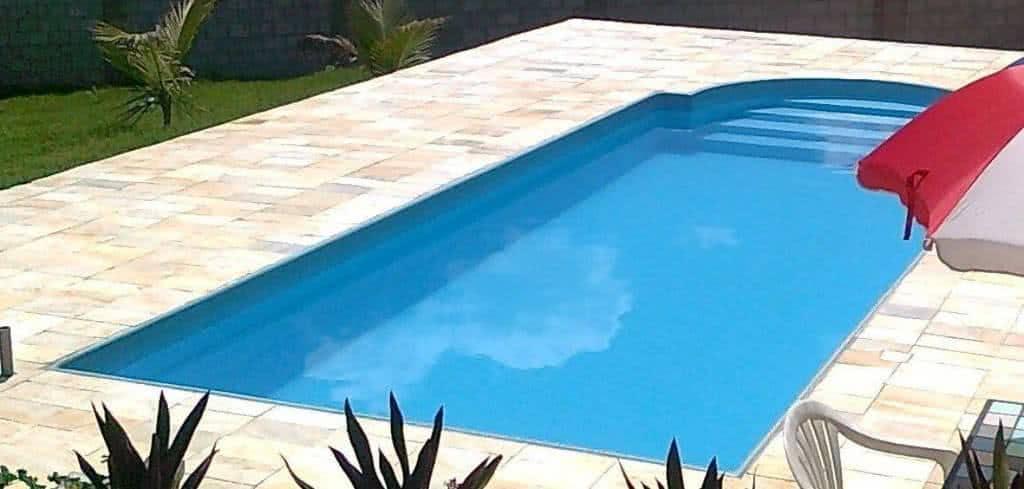 Problemas comuns em piscinas de fibra for Medidas de piscinas